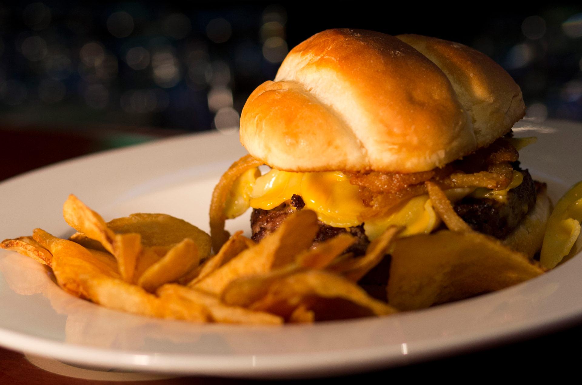 mac-and-cheese-burger